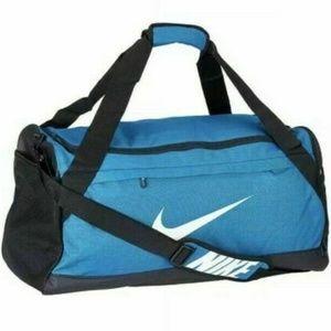 Nike Brasilia 6 MEDIUM Gym Travel Duffel Bag NEW